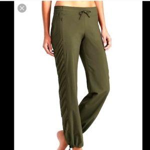 Athleta Size large army green pants Like new